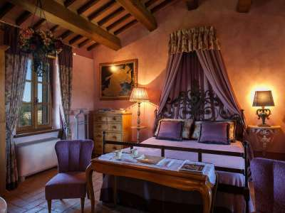 Image 10   5 bedroom farmhouse for sale with 30,000m2 of land, Chiusi, Siena, Chianti 216712