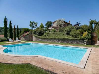 Image 19   5 bedroom farmhouse for sale with 30,000m2 of land, Chiusi, Siena, Chianti 216712