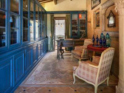 Image 8   5 bedroom farmhouse for sale with 30,000m2 of land, Chiusi, Siena, Chianti 216712