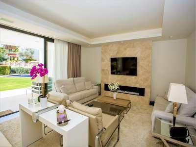 Image 7 | 5 bedroom villa for sale with 11,887m2 of land, Puente Romano, Marbella, Malaga Costa del Sol, Marbella Golden Mile 216941