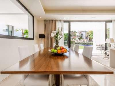 Image 8 | 5 bedroom villa for sale with 11,887m2 of land, Puente Romano, Marbella, Malaga Costa del Sol, Marbella Golden Mile 216941