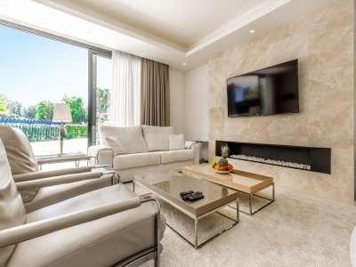 Image 9 | 5 bedroom villa for sale with 11,887m2 of land, Puente Romano, Marbella, Malaga Costa del Sol, Marbella Golden Mile 216941