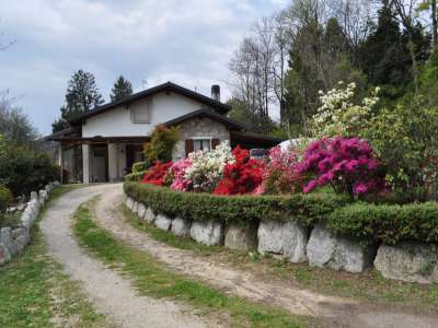 Image 1 | 5 bedroom villa for sale with 7,300m2 of land, Mombello, Varese, Lake Maggiore 217421