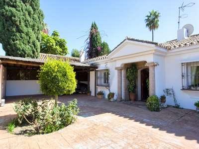 Image 19 | 3 bedroom villa for sale with 981m2 of land, Estepona, Malaga Costa del Sol, Andalucia 217448