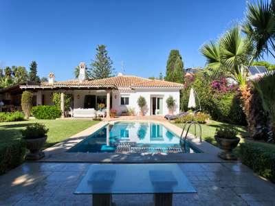 Image 22 | 3 bedroom villa for sale with 981m2 of land, Estepona, Malaga Costa del Sol, Andalucia 217448