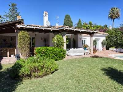 Image 24 | 3 bedroom villa for sale with 981m2 of land, Estepona, Malaga Costa del Sol, Andalucia 217448