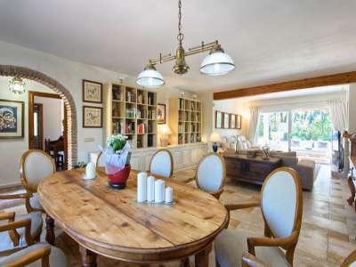 Image 7 | 3 bedroom villa for sale with 981m2 of land, Estepona, Malaga Costa del Sol, Andalucia 217448