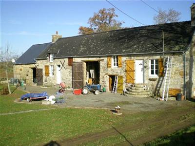3 bedroom house for sale, Neuilly le Vendin, Mayenne, Pays-de-la-Loire