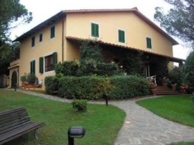 12 bedroom house for sale, Lucca, Tuscany