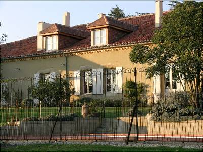 6 bedroom house for sale, Vic Fezensac, Gers, Gascony