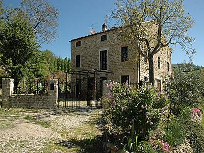 6 bedroom house for sale, Amandola, Fermo, Marche