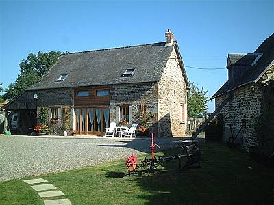 6 bedroom farmhouse for sale, Ambrieres, Mayenne, Pays-de-la-Loire