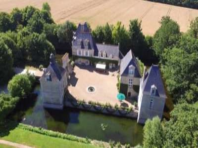 Charming Loire Chateau for Sale with 10 bedrooms near Tour