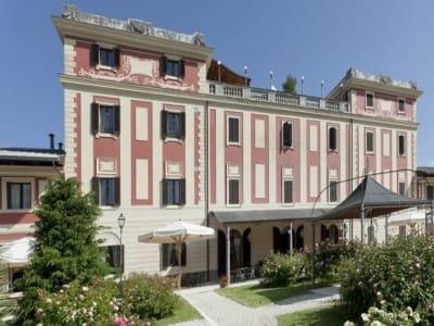 28 bedroom villa for sale, Rome, Lazio