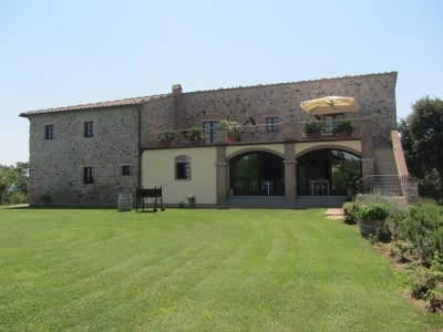 Impressive 12 bedroom Farmhouse with Accommodation for Sale in the Tuscany Countryside.