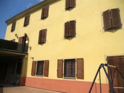 Large 4 bedroom house in Ottiglio for sale with 325m2 of living space