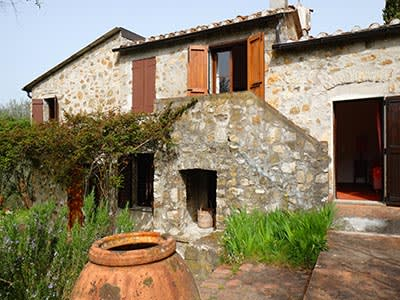 4 bedroom farmhouse for sale, Fosdinovo, Massa and Carrara, Tuscany