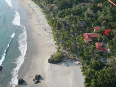 Stunning Beachfront Hotel for Sale in Costa Rica with 30 guest bedrooms.
