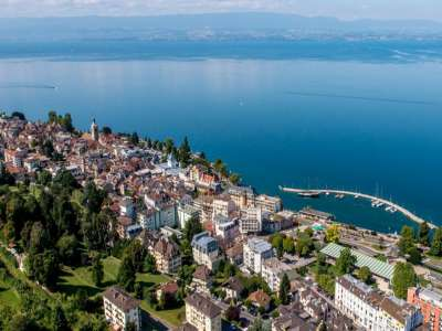 Luxury 5 Star Hotel with over 168 rooms in Evian les Bains