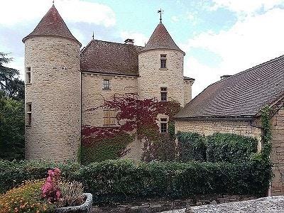 6 bedroom French chateau for sale, Saint Antonin Noble Val, Tarn-et-Garonne, Midi-Pyrenees