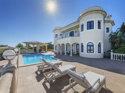 6 bedroom villa for sale, Cala Vinyes, Magaluf, Mallorca