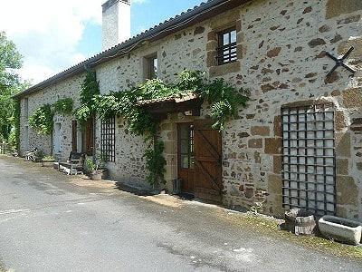 4 bedroom farmhouse for sale, L'Isle Jourdain, Vienne, Poitou-Charentes