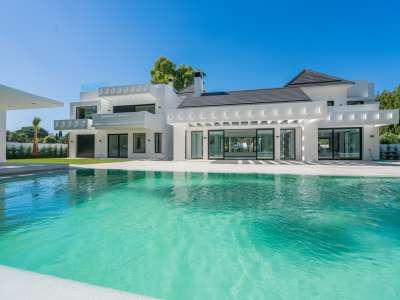 5 bedroom villa for sale, Guadalmina Baja, San Pedro de Alcantara, Malaga Costa del Sol, Andalucia