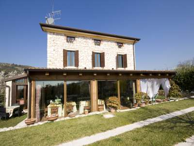 Traditional Country House in Negrar, Valpolicella with 6 Bedroom Suites