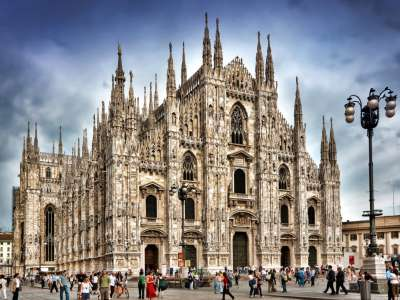Superb 5 Star Hotel for Sale in Milan with Spa, Restaurant and Bar.