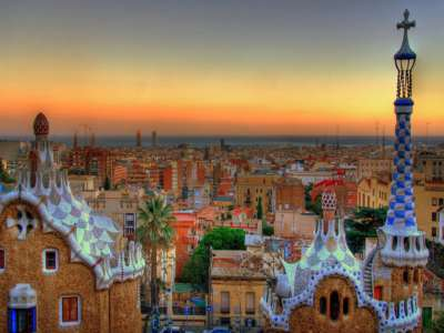 Superb 4 Star Central Barcelona Hotel with more than 180 Guest Bedrooms.