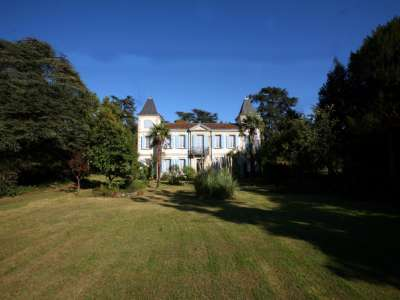 6 bedroom French chateau for sale, Vic Fezensac, Gers, Gascony