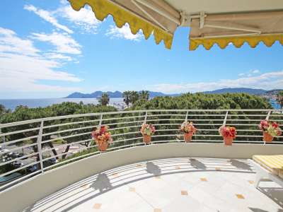 2 bedroom apartment for sale, La Croisette, Cannes, French Riviera
