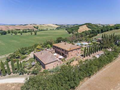 12 bedroom farmhouse for sale, Siena, Chianti