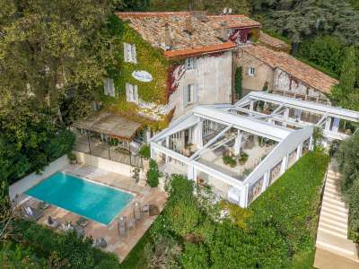 12 bedroom hotel for sale, Frejus, St Raphael, French Riviera