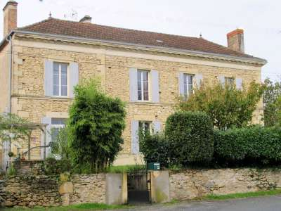 9 bedroom manor house for sale, Sauveterre de Guyenne, Gironde, Aquitaine