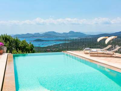 Lovely Villa with 4 Bedrooms overlooking Cala di Volpe, Sardinia