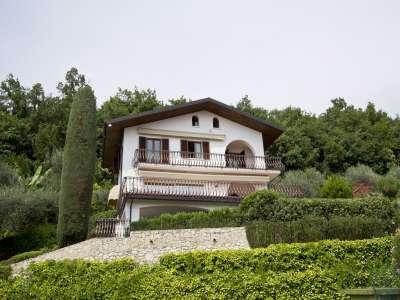 4 bedroom villa for sale, Bardolino, Verona, Lake Garda