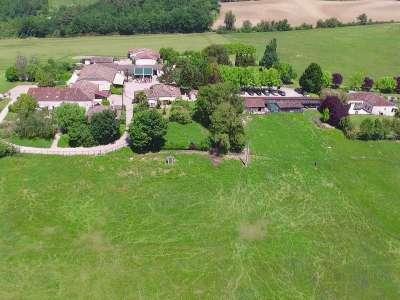 56 bedroom house for sale, Monflanquin, Lot-et-Garonne, Aquitaine