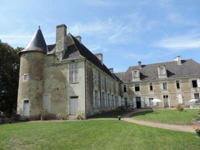 7 bedroom French chateau for sale, Chatellerault, Vienne, Poitou-Charentes