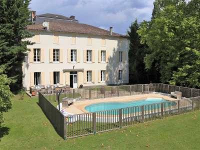 9 bedroom house for sale, Villeneuve sur Lot, Lot-et-Garonne, Aquitaine