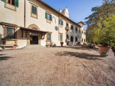 8 bedroom villa for sale, Florence, Chianti Wine Region