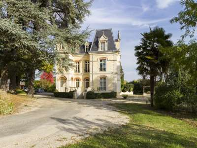 8 bedroom French chateau for sale, Prayssac, Lot, Midi-Pyrenees
