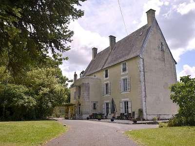 9 bedroom French chateau for sale, Chef Boutonne, Deux-Sevres, Poitou-Charentes