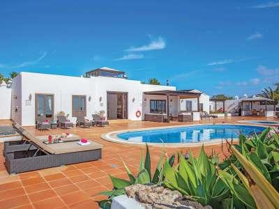 5 bedroom villa for sale, Playa Blanca, Southern Lanzarote, Lanzarote
