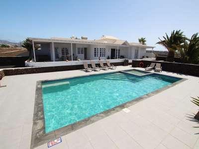 4 bedroom villa for sale, Macher, Southern Lanzarote, Lanzarote