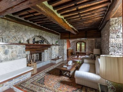 Image 15 | 5 bedroom villa for sale with 1,110,000m2 of land, Lucca, Tuscany 185140