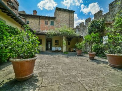 7 bedroom villa for sale, Florence, Chianti