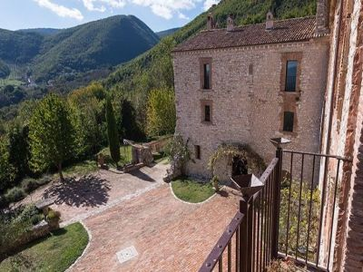 Image 12 | Magnificent renovated former abbey with various apartments for sale in Rieti  194139