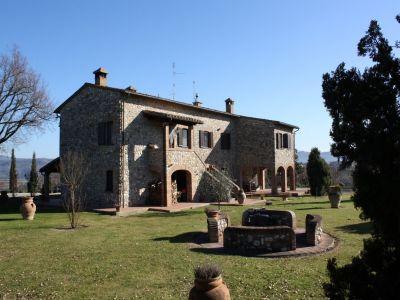 5 bedroom farmhouse for sale, Fabro, Terni, Umbria