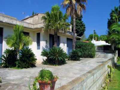 7 bedroom villa for sale, Fontane Bianche, Syracuse, Sicily